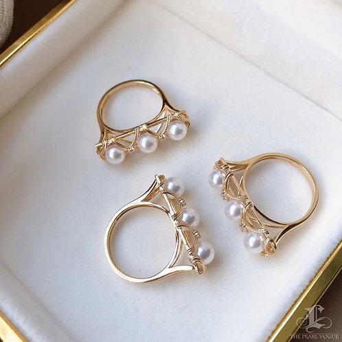 AAAA 5-5.5 mm Akoya Pearl Ring 18k Gold w/ Diamond