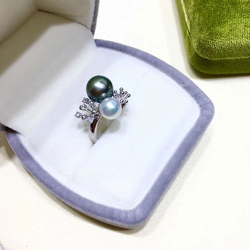 0.15ct Diamond AAAA 8-9 mm Tahitian Pearl Ring, 18k Gold