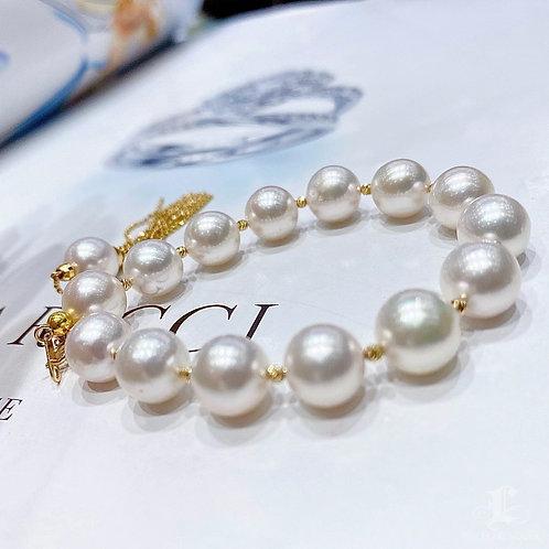 AAAA 9-9.5 mm Akoya Pearl Bracelet 18k Gold