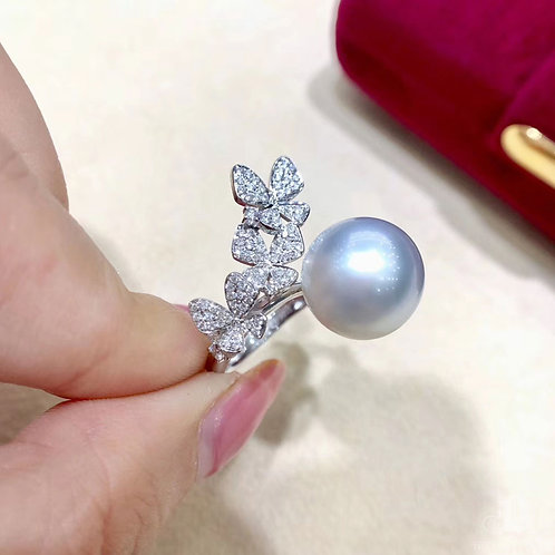 0.63ct Diamond, AAAA 12-13 mm South Sea Pearl Luxury Ring 18k Gold