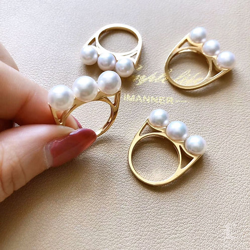 AAAA 7.5-8 mm Akoya Pearl Ring 18k Gold