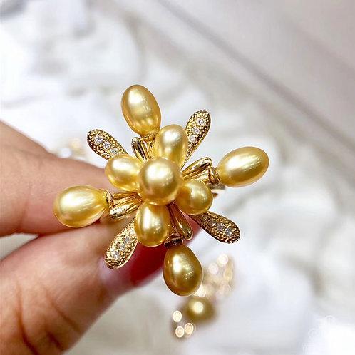 KESHI Wild South Sea Pearl Ring 18k Gold w/ Diamond
