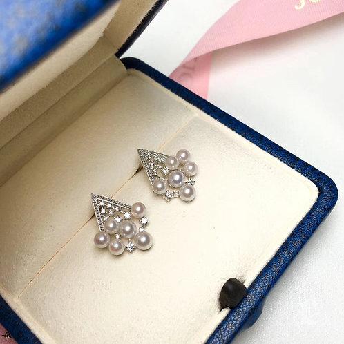 0.30ct Diamond, AAAA 3-4.5 mm Akoya Pearl Earrings 18k Gold