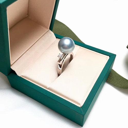0.10ct Diamond AAAA 11-12 mm Tahitian Pearl Ring, 18k Gold