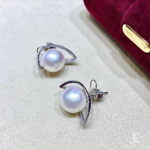 0.56ct Diamond, AAAA 12 mm South Sea Pearl Luxury Earrings 18k Gold