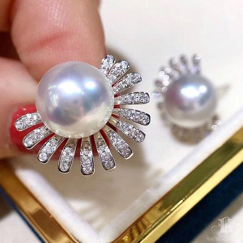 0.40 ct Diamond, AAAA 10-11 mm South Sea Pearl Earrings 18k Gold