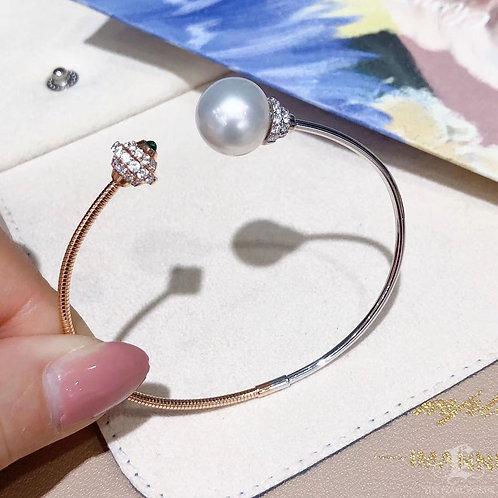 0.60 ct Diamond AAAA 11-12 mm South Sea Pearl Adjustable Bracelet 18k Gold