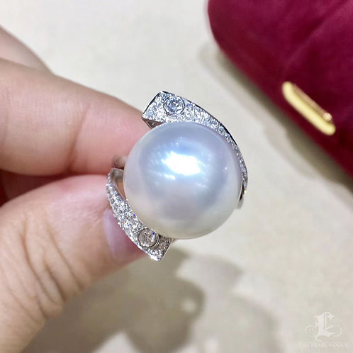0.47ct Diamond, AAAA 14-15 mm South Sea Pearl Luxury Ring