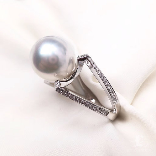 0.40ct Diamond AAAA 12-13mm South Sea Pearl Ring, 18k White Gold