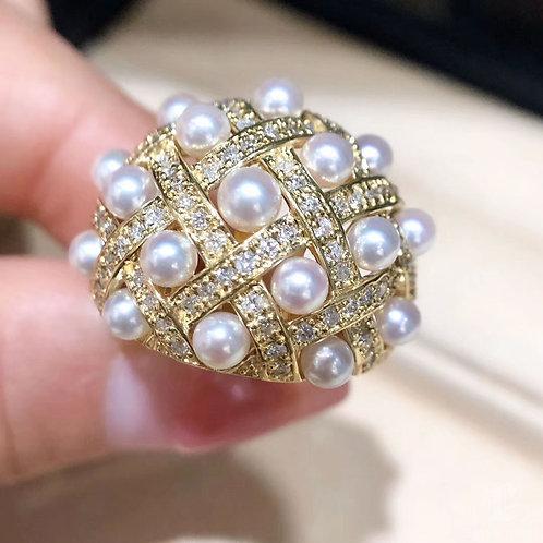 AAAA 3-5 mm Baby Akoya Pearl Rayol Ring, 18k Gold w/ Diamond
