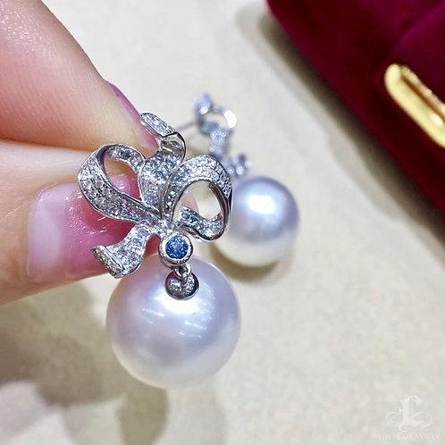 0.25ct Diamond, AAAA 14-15 mm South Sea Pearl Luxury Earrings 18k Gold