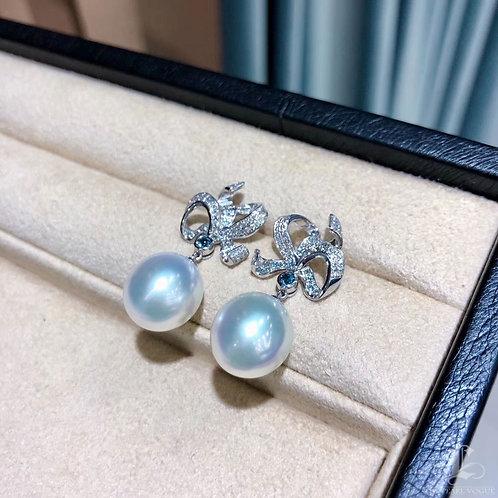 0.25ct Diamond, AAAA 12-13 mm South Sea Pearl Luxury Earrings 18k Gold