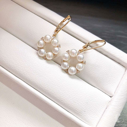 AAAA 4-4.5 mm Akoya Pearl Fashion Earrings 18k Gold