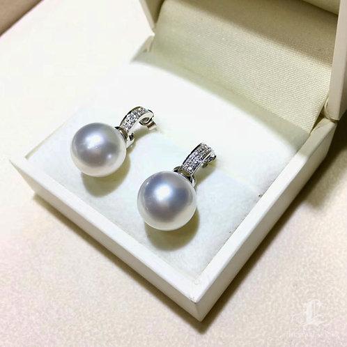0.16ct Diamond AAAA 13-14mm South Sea Pearl Classic Earrings, 18k Gold