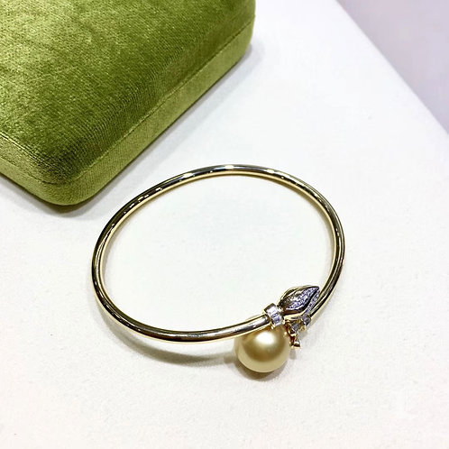 12-13mm Golden South Sea Pearl Adjustable Bracelet, 18k Gold w/ Diamond - AAAA
