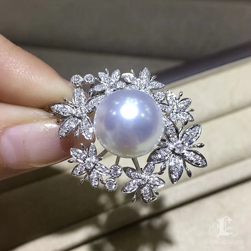 1.05ct Diamond, 14-15 mm White South Sea Pearl Pendant Brooch, 18k Gold
