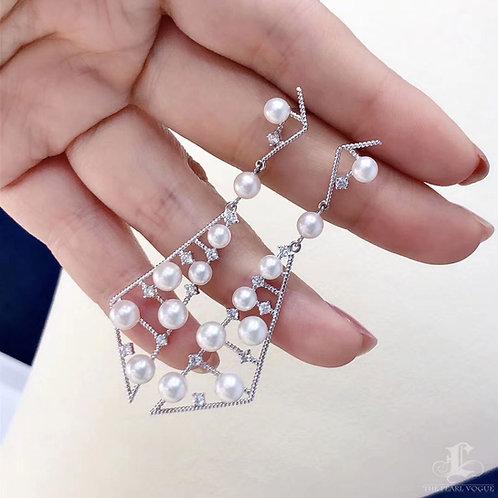 0.69 ct Diamond AAAA 4-5.5 mm Akoya Pearl Earrings 18k Gold