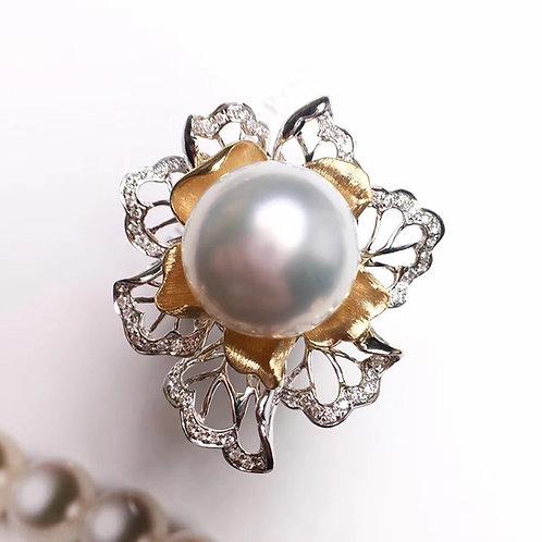 0.25ct Diamond AAAA 14-15mm South Sea Pearl Ring, 18k Gold