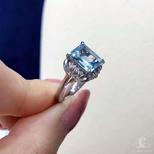 1.90 ct Natual Aquamarine Ring 18k Gold Diamond