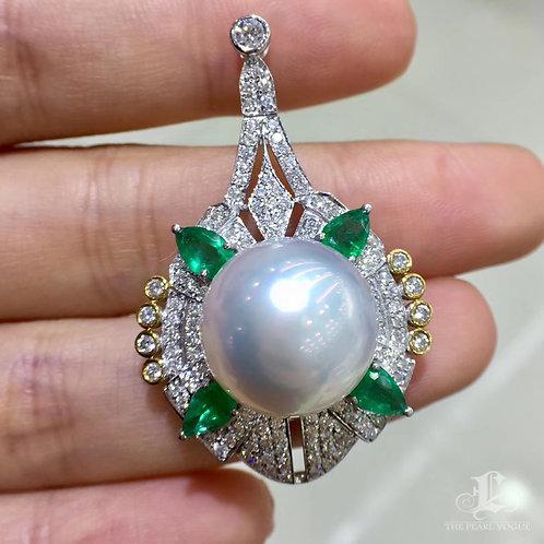 1.20ct Emerald AAAA 15-16 mm South Sea Pearl Royal Pendant, 18k Gold w/ Diamond