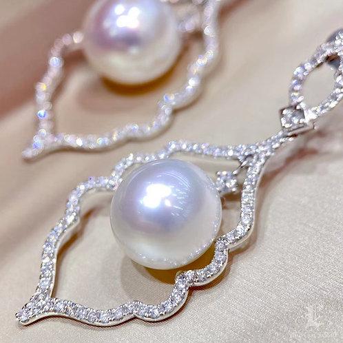 1.05 ct SI Diamond, AAAA 10-11 mm South Sea Pearl Earrings 18k Gold