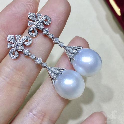 0.82ct Diamond, AAAA 12-13 mm South Sea Pearl Luxury Earrings 18k Gold