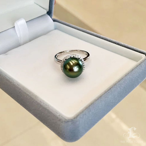0.15ct Diamond AAAA 10-11 mm Tahitian Pearl Ring, 18k Gold