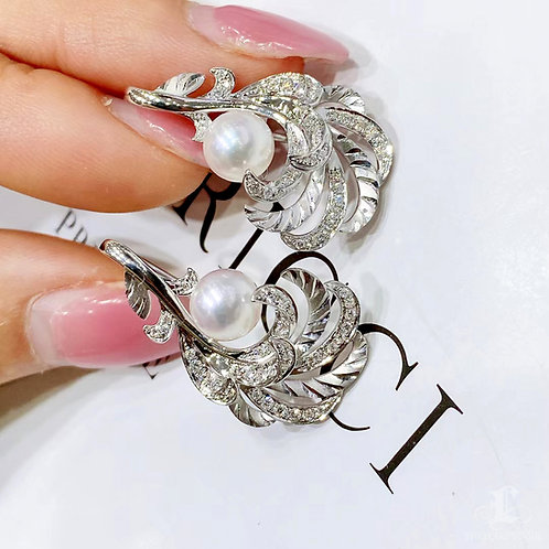 0.38 ct Diamond AAAA 6.5-7 mm Akoya Pearl Earrings 18k Gold