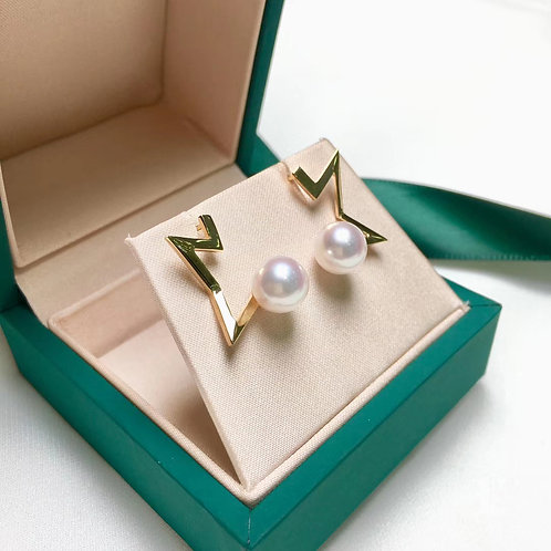 AAA 8-8.5 mm Akoya Pearl Fashion Earring 18k Gold