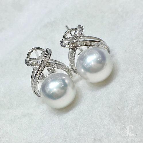 0.40ct Diamond AAAA 10-11 mm South Sea Pearl Luxury Earrings 18k Gold