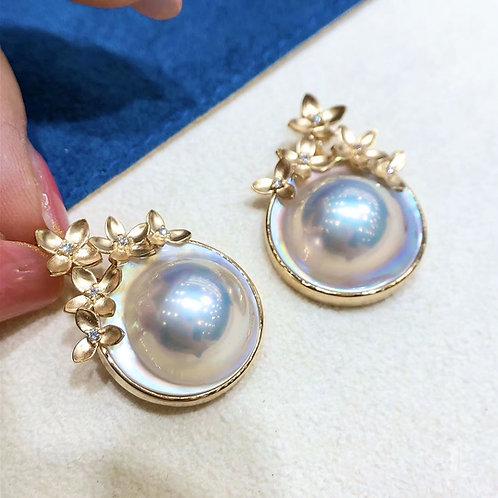 AAAA 17-18 mm  Original Mabe Pearl  Pendant 18k Gold w/ Diamond