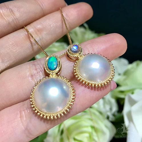 14-15mm Mabe Pearl Pendant 18k Gold - AAAA