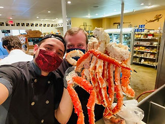 fresh king crab legs .jpg