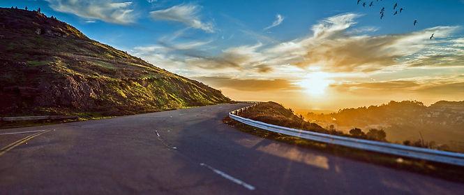 pixabay_winding-road-1556177_JanBaby.jpg