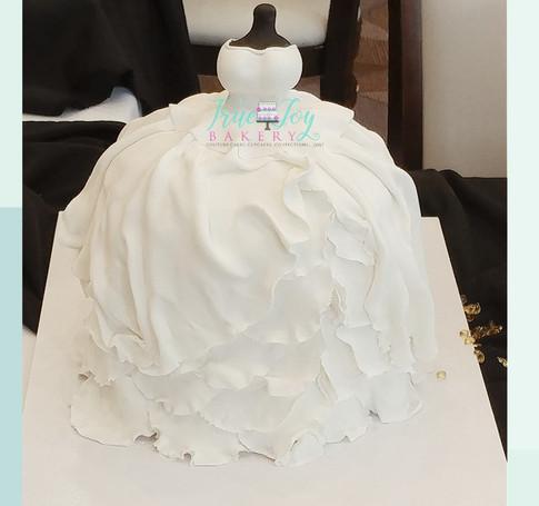 WEDDING DRESS FONDANT