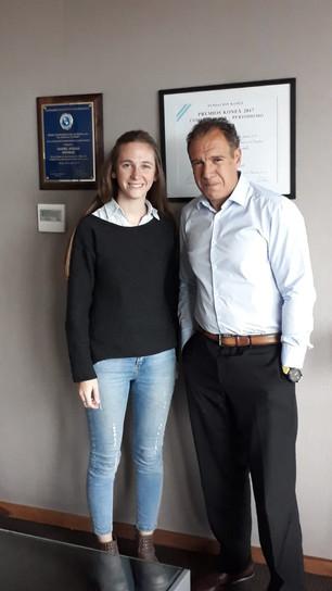 Clara, ganadora del concurso de emprendedores se reunió con fundador de Infobae