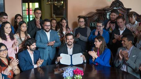 Otorgarán 1,500 becas de liderazgo para jóvenes boricuas