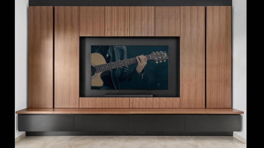 קיר ומזנון טלויזה מעוצב בעיצוב אישי