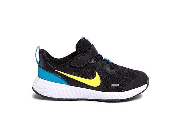 Nike Revolution 5  נעלי ריצה נייק לילדים ופעוטות