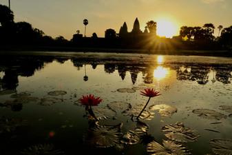 Ziua 11_Răsarit la Angkhor Wat.jpg