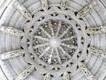 Ziua 4_Detaliu tavan templu Jain de la Ranakpur.jpg