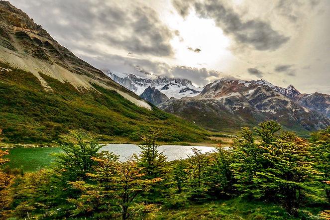 Motive de a vizita Argentina_Trekking în Patagonia.JPG