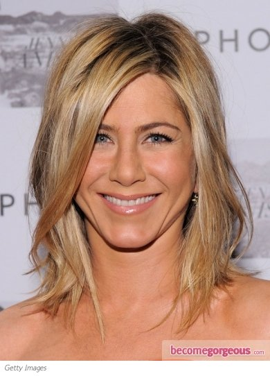 Get the Jennifer Aniston Look