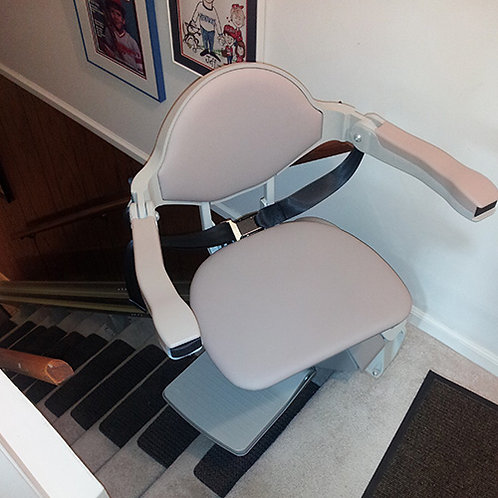 Bruno SRE 3000 with Power Swivel Seat