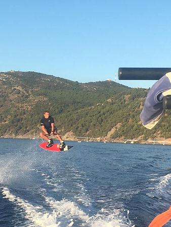 wakeboard saut.jpg