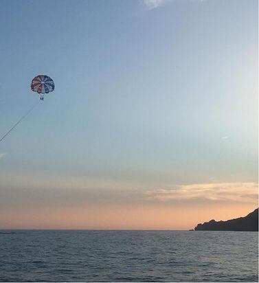 parachute ascensionnel couché de soleil.jpg