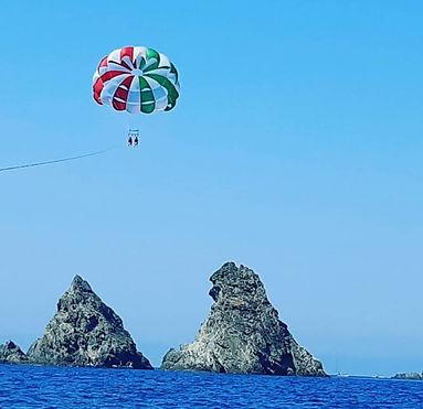 parachute ascensionnel passage sur les deux freres.jpg