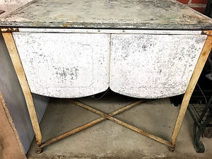 antique tub table.jpg