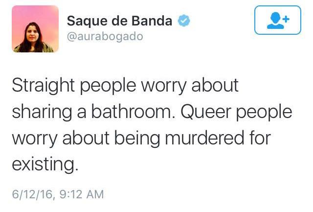 """Saque de Banda @aurabogado """"I write about environmental racism."""""""