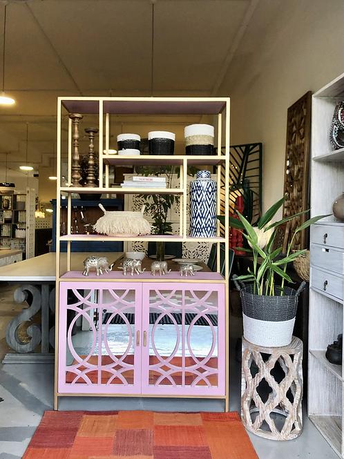 O Mirrored Solo Shelf